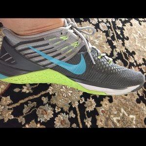 Nike Shoes | Nike Metcon Flyknit Women's Gray